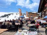 Déjeuner sur la terrasse des Marmottes